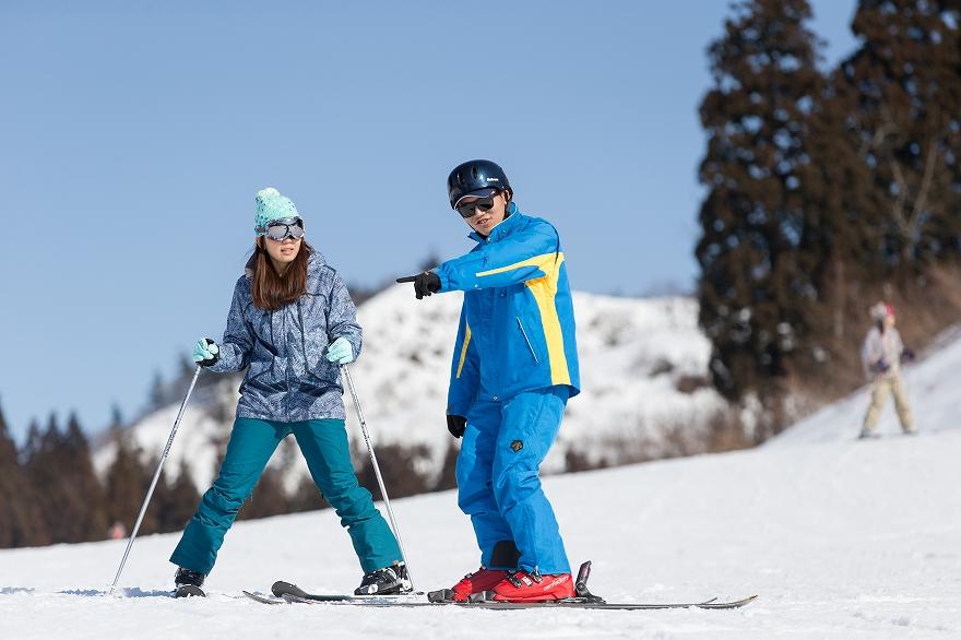 湯沢 中里 スキー 場 レッスン