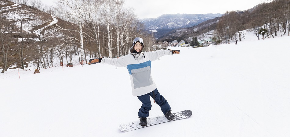 ビギナー安心!超ワイドバーンで楽しく滑ろう!|ホワイトワールド尾瀬岩鞍