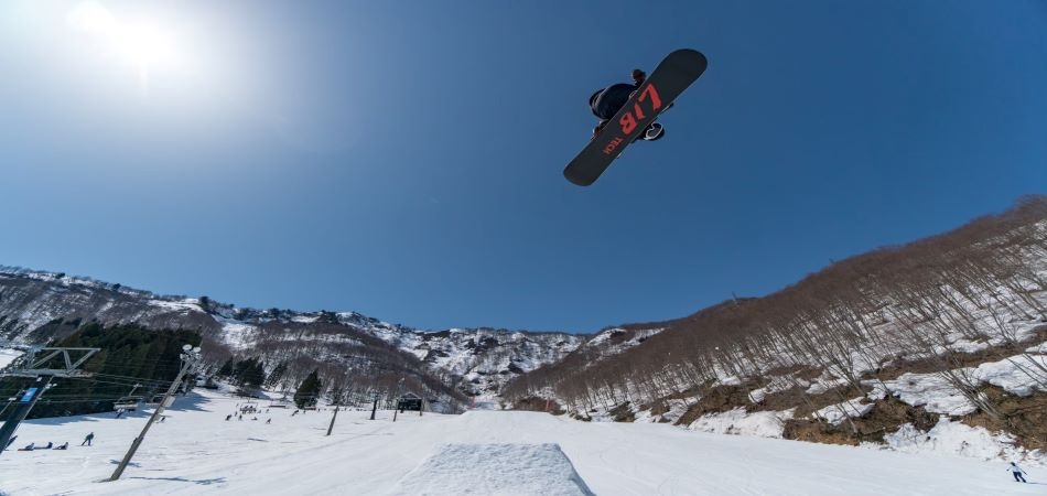 シリウスコースに「mountain wave park」が誕生|神立スノーリゾート