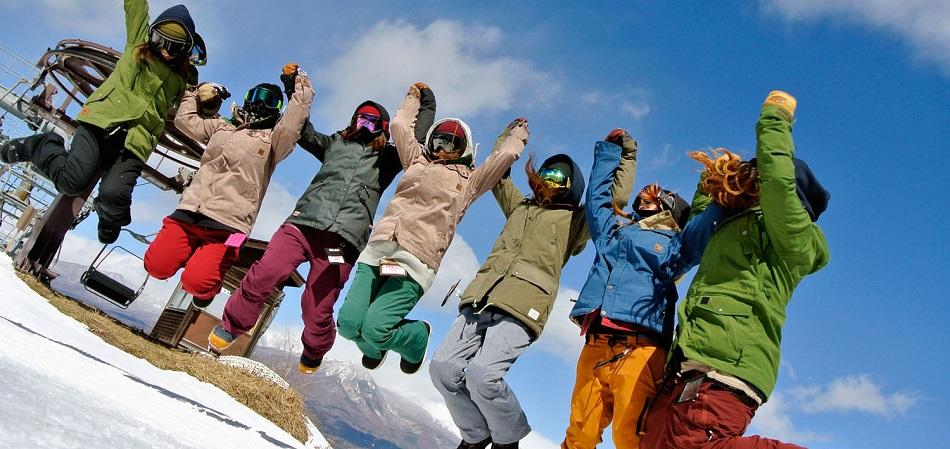 お子様向けのスクールレッスン充実 佐久スキーガーデン「パラダ」