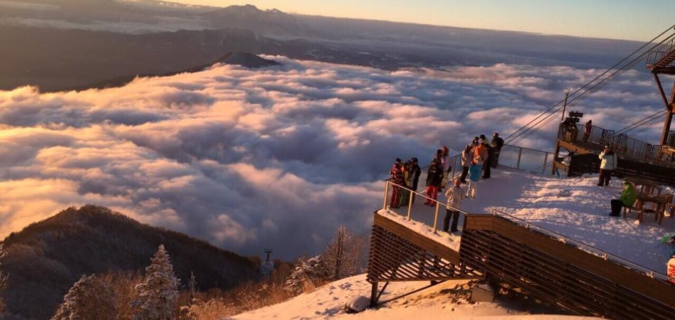 雲の上のテラス SORA terrace|竜王スキーパーク