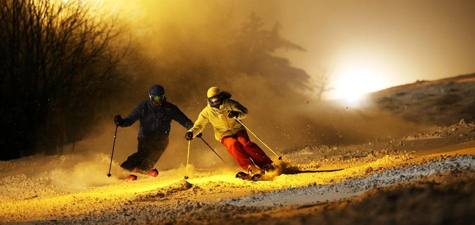 スキー祭り開催の夜はFurano「ミッドナイトski2020」タフなチャレンジャーお待ちしてます。|富良野スキー場