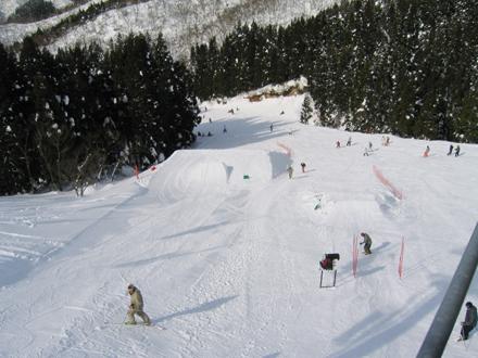 奥伊吹スキー場(パーク) ‐ スキー場情報サイト SURF&SNOW
