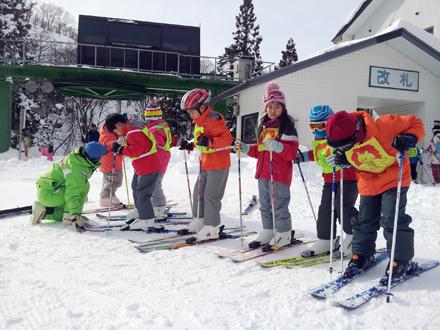 奥伊吹スキー場(スクール) ‐ スキー場情報サイト SURF&SNOW