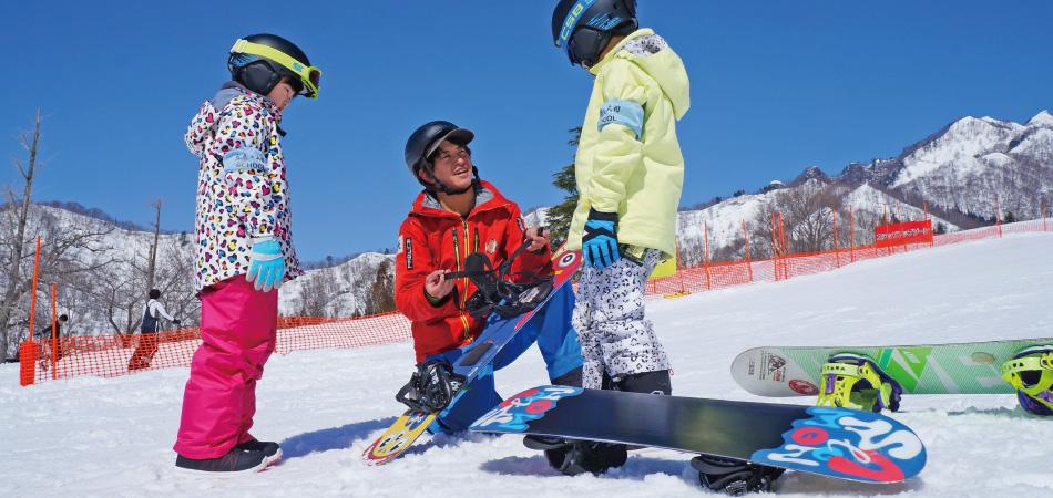 上達実感!楽しく、効率的に上達できる岩原のスクール! 岩原スキー場