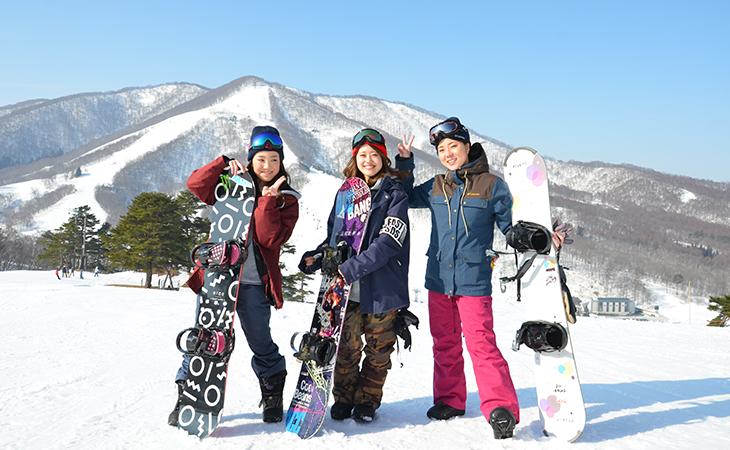 スキー 荷物
