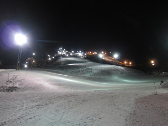 2013/12/20(金) 北海道 ニセコ グランヒラフ(夜)の速報|ニセコマウンテンリゾート グラン・ヒラフのクチコミ画像