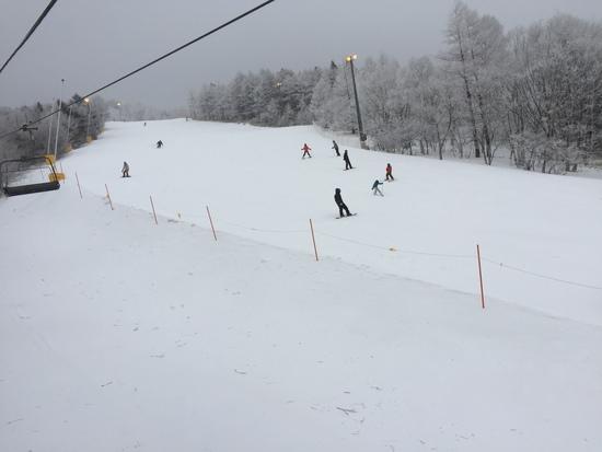 朝から雪|サンメドウズ清里スキー場のクチコミ画像2
