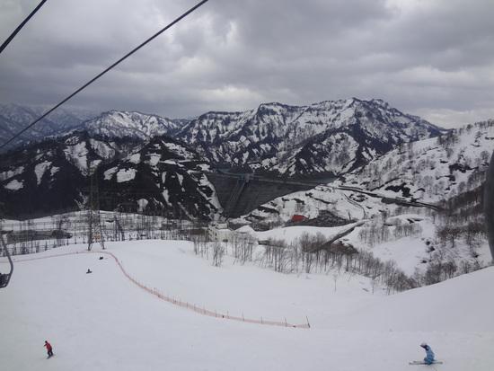 この時期でも雪質OK! 奥只見丸山スキー場のクチコミ画像