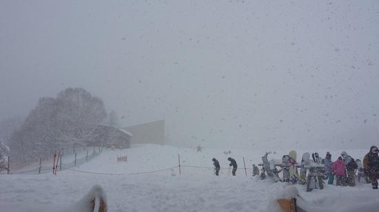 二時間で降雪が30センチ以上|エーデルワイススキーリゾートのクチコミ画像