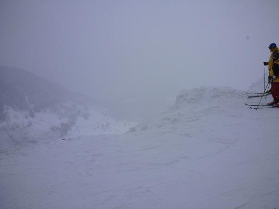 雪はふかふか、ガス大発生。|おじろスキー場のクチコミ画像2