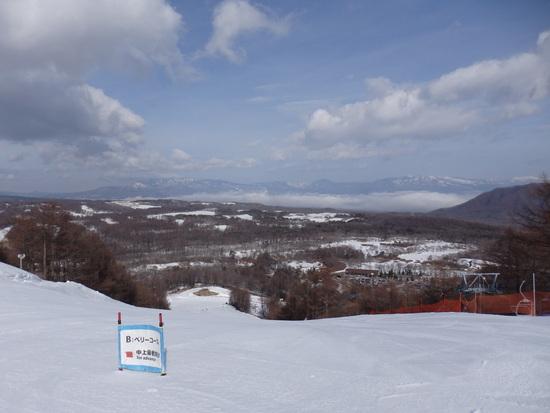 浅間山の雪がかなり溶けていました|軽井沢スノーパークのクチコミ画像3