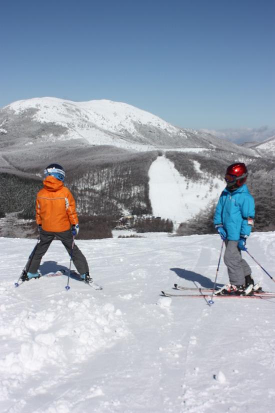 ゲレンデはフラットで滑りやすい!|湯の丸スキー場のクチコミ画像