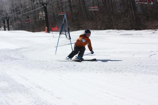 ゲレンデはフラットで滑りやすい!|湯の丸スキー場のクチコミ画像3