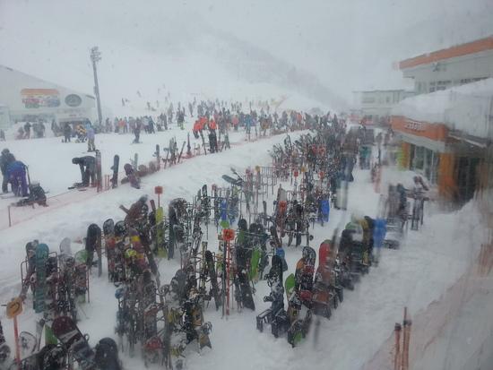 南エリアは大人気!北エリアはバンバン滑れました。|GALA湯沢スキー場のクチコミ画像