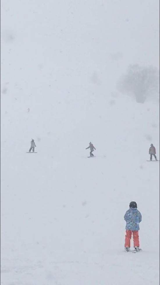 吹雪の中で|おじろスキー場のクチコミ画像