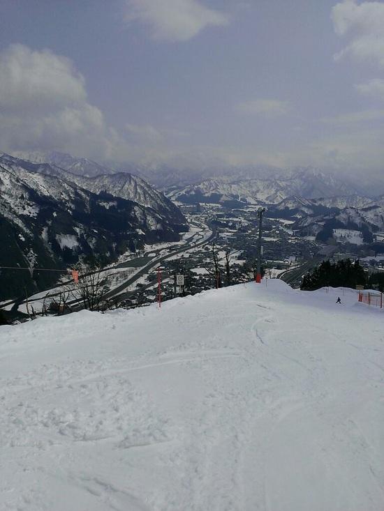 時期外れの新雪!|GALA湯沢スキー場のクチコミ画像