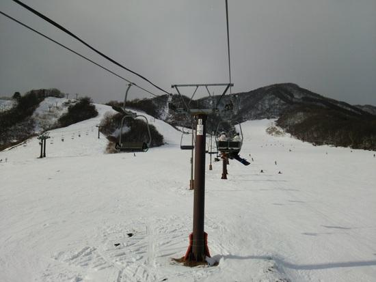 白馬でも雪不足のスキー場が多い中、ほぼ全面オープン!|白馬乗鞍温泉スキー場のクチコミ画像3