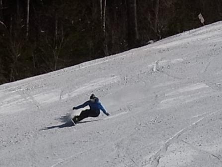 平日もボーダーはきれいなカーブ|信州松本 野麦峠スキー場のクチコミ画像