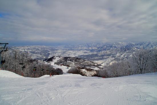 膝時々、腰パウ。|さかえ倶楽部スキー場のクチコミ画像2