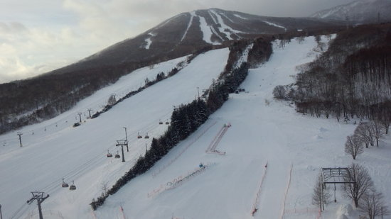 今日もリフト3本しか動きません。 安比高原スキー場のクチコミ画像