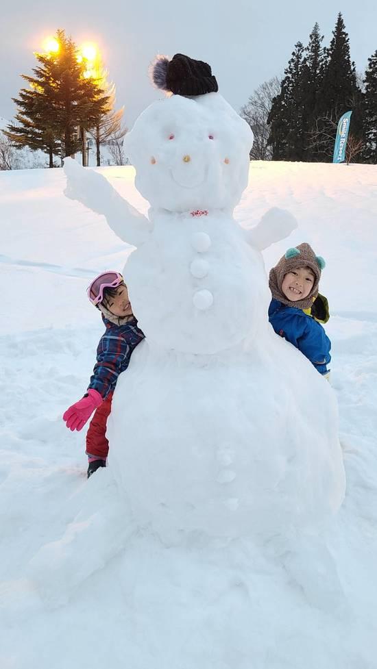 家族の思い出「巨大雪だるま」 湯沢中里スノーリゾートのクチコミ画像
