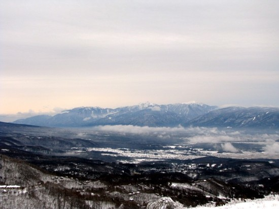 午後からはアイスバーンが見え始める|しらかば2in1スキー場のクチコミ画像