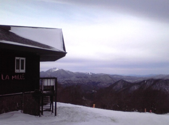 積雪不足で、CリフトとBリフトだけ。|箕輪スキー場のクチコミ画像1