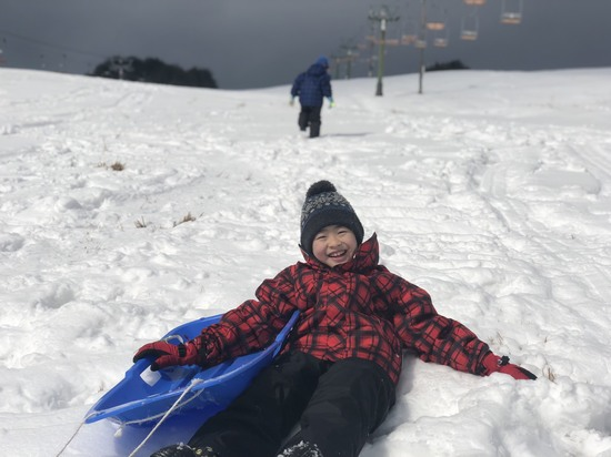 雪山でジャンプ!!|アップかんなべのクチコミ画像3