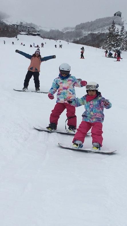 子供もウキウキ|岩原スキー場のクチコミ画像