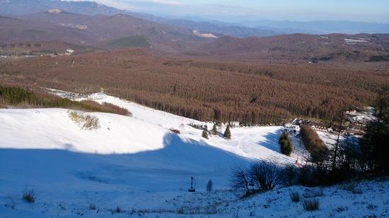 まだ雪は少ない|しらかば2in1スキー場のクチコミ画像