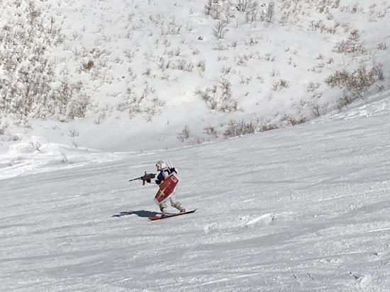 新型モビルスーツ発見!|竜王スキーパークのクチコミ画像