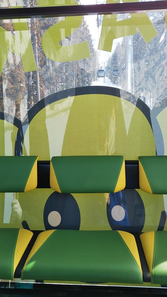 新型ナスキーゴンドラ初乗車(向こうからナスキーが!?) 野沢温泉スキー場のクチコミ画像
