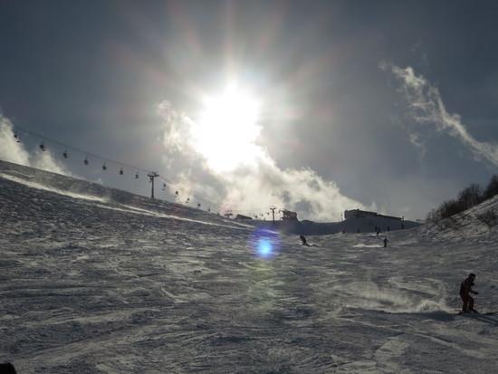 逆光とシュプール!|白馬八方尾根スキー場のクチコミ画像