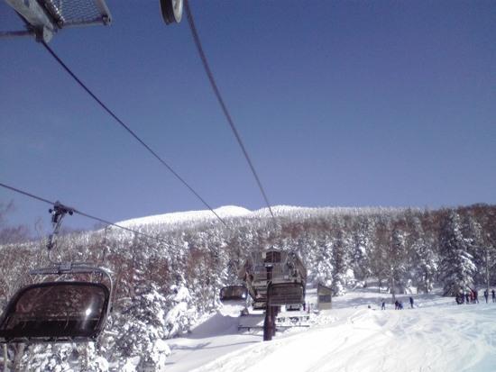 午前中はトップシーズンの雪質|グランデコスノーリゾートのクチコミ画像