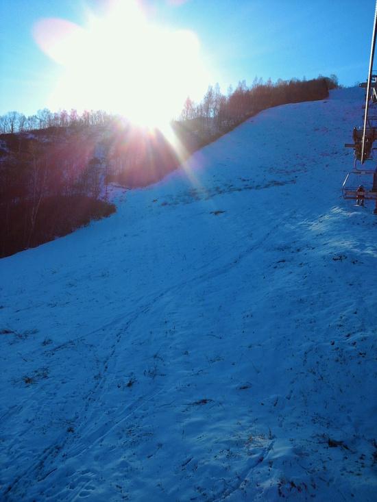 雪少なし・・・ 飛騨ほおのき平スキー場のクチコミ画像