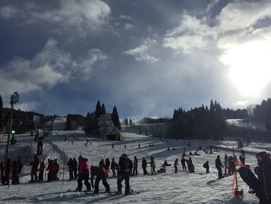 やっと雪が降った 鷲ヶ岳スキー場のクチコミ画像3