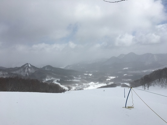 強風時にはフード付リフトは助かります|会津高原だいくらスキー場のクチコミ画像