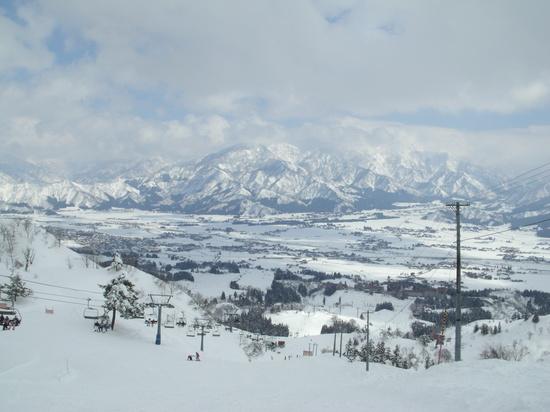 長い斜面が豊富 上越国際スキー場のクチコミ画像