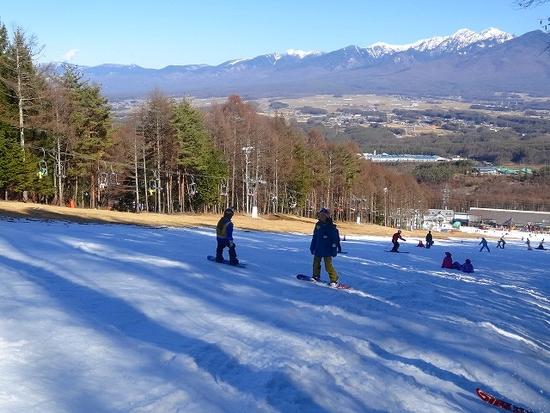 まだまだ雪が少なくシャーベット状。でもすいててゆったり楽しめました。|富士見パノラマリゾートのクチコミ画像