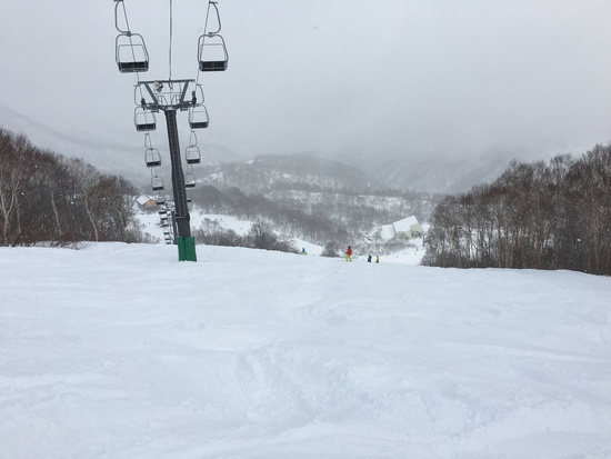 さすがの雪深さ|かぐらスキー場のクチコミ画像