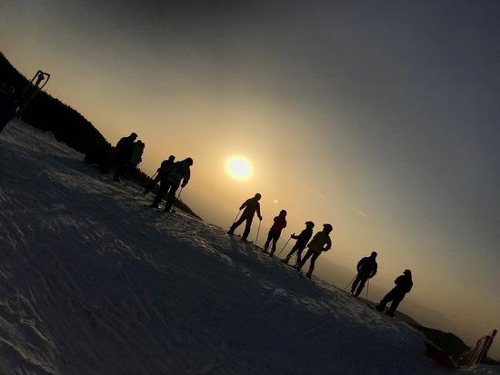夕日をバックにして|九重スキー場のクチコミ画像