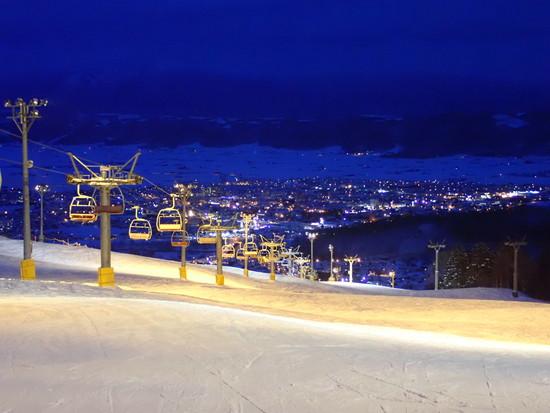 富良野のナイターは別世界♪|富良野スキー場のクチコミ画像