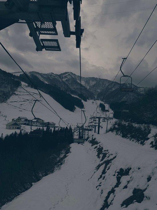 薄っすら新雪あり|神立スノーリゾート(旧 神立高原スキー場)のクチコミ画像