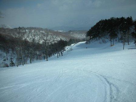 3月でも雪はグッドでした|オグナほたかスキー場のクチコミ画像
