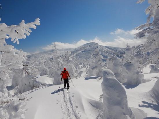 青空とモンスター|みやぎ蔵王スキー場 すみかわスノーパークのクチコミ画像1