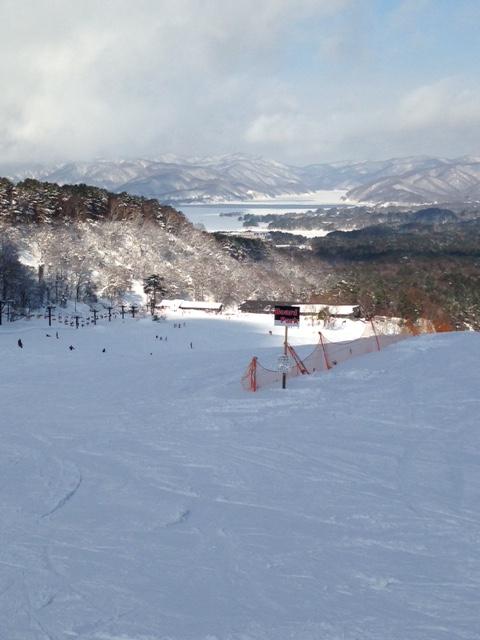 磐梯山と湖の両方の絶景が楽しめます!|裏磐梯スキー場のクチコミ画像1