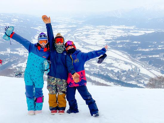 絶景と3人組|石打丸山スキー場のクチコミ画像