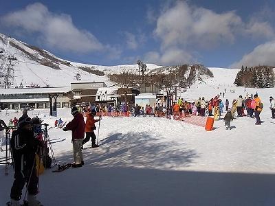 メジャーゲレンデは大賑わい|車山高原SKYPARKスキー場のクチコミ画像1