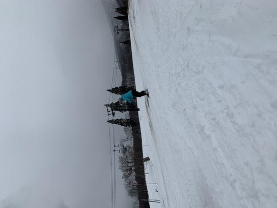 雪不足の中、初滑り|赤倉観光リゾートスキー場のクチコミ画像